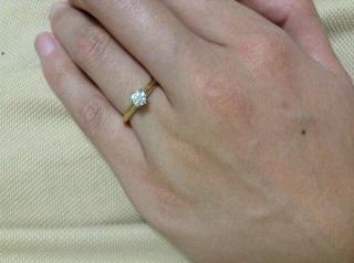 【ティファニー(Tiffany & Co.)の口コミ】 シンプルなデザインかつ、良質なダイヤモンドを、という希望に合う指輪です…