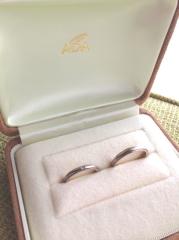 【A・D・A(エー・ディー・エー)の口コミ】 新婦用の指輪は、上下がミル打ちされたデザインが欲しいと思っていたので…