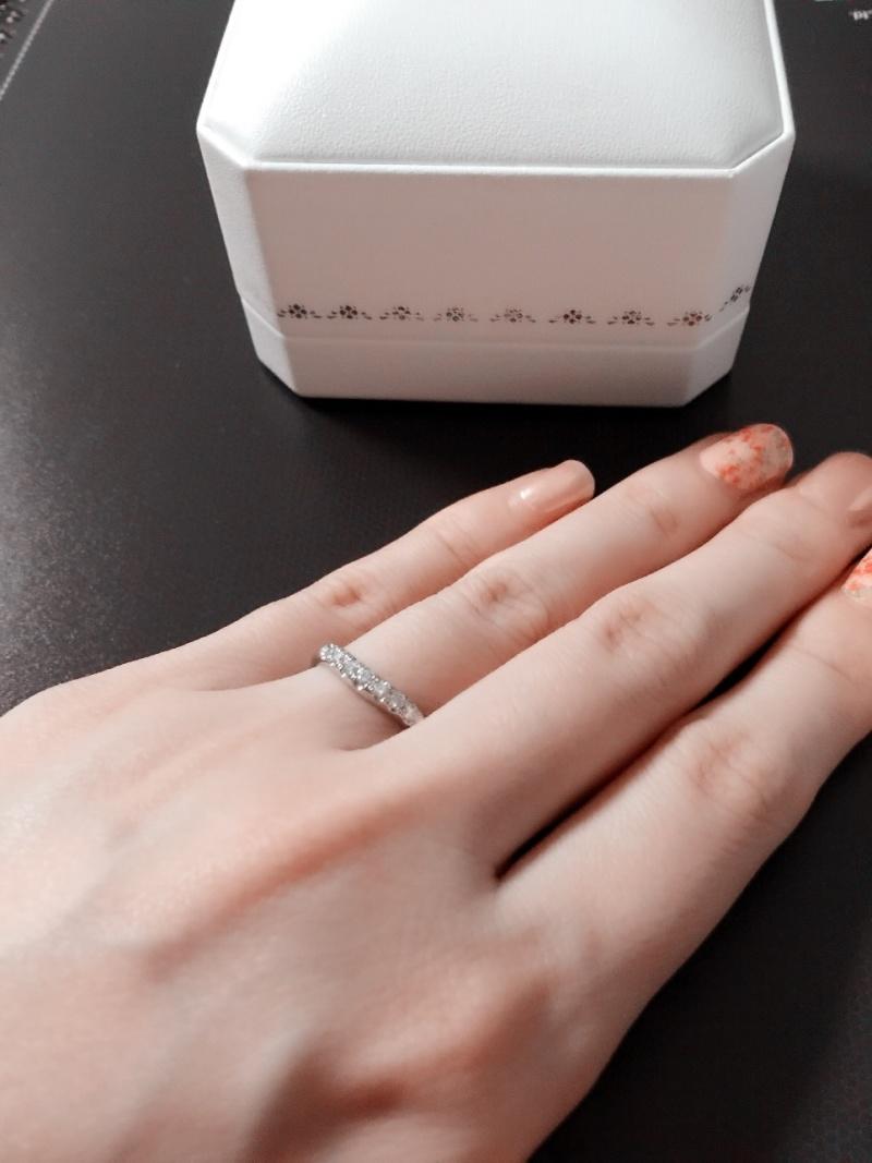 婚約指輪はシンプルな一粒ダイヤで同じミキモトで買ってもらいました ...