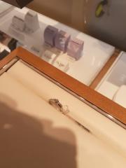 【STAR JEWELRY(スタージュエリー)の口コミ】 ウェーブ状に入れられたメレダイヤがとても可愛いかったです。 指につける…
