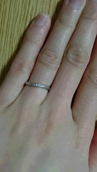 【A・D・A(エー・ディー・エー)の口コミ】 手が小さいので華美なデザインだと指輪が浮いて見えるので、指に馴染んでな…