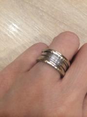 【ブルガリ(BVLGARI)の口コミ】 もともとは主人がはめていたリングでした。いつも素敵な指輪だよねと話し…