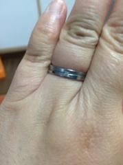 【BLOOM(ブルーム)の口コミ】 2人でどんなものがいいか探して意見を出し合いました。 私は宝石が付いて…