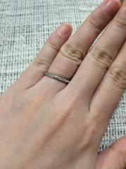 【Ponte Vecchio(ポンテヴェキオ)の口コミ】 結婚指輪と重ねづけできる、ハーフエタニティで探していました。金額も抑…