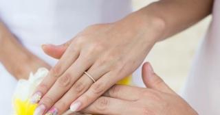【ブルガリ(BVLGARI)の口コミ】 婚約指輪をもらったお返しにブルガリの時計をプレゼントしました。その際に…