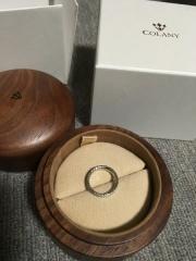 【COLANY(コラニー)の口コミ】 デザインが気に入ったので結婚10周年にペアで購入しました。さくらの男性…