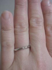 【HOSHI no SUNA 星の砂(ほしのすな)の口コミ】 結婚指なので、いつも身に着けるものとして、シンプルな物を探していました…