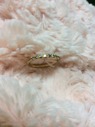 【Aki-Oka ジュエリー工匠の口コミ】 オリジナルのデザインの指輪が作れたことです。豪華な印象の指輪ではなく、…