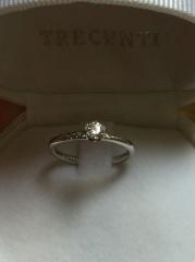 【TRECENTI(トレセンテ)の口コミ】 ダイヤがいっぱい付いているものより、シンプルなものがよく、旦那にリク…