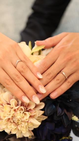 【ジュエリーツツミ(JEWELRY TSUTSUMI)の口コミ】 決め手はデザインです。婚約指輪も同じお店で購入したので、お友達の結婚式…