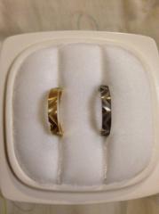 【俄(にわか)の口コミ】 結婚指輪なのでシンプルなデザインと迷っていましたが、個性的なものが好き…