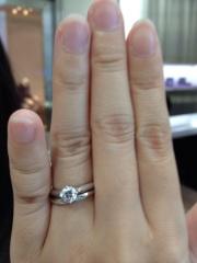 【俄(にわか)の口コミ】 指輪ひとつひとつに、お花の名前が付いていること。ストーリーがあることに…