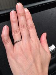 【エクセルコダイヤモンド(EXELCO DIAMOND)の口コミ】 ナナメのラインがキレイでした。手元で見るのと遠目でみる雰囲気はかわりま…