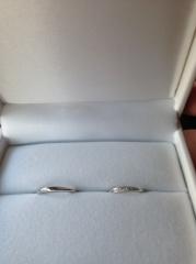 【HOSHI no SUNA 星の砂(ほしのすな)の口コミ】 結婚指輪を購入いました。毎日つけるものなので付け心地が良く飽きの来ない…