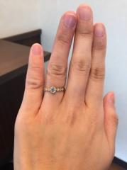 【Princesse(プランセス)の口コミ】 最初何を選んで良いかわからずプラチナのシンプルな婚約指輪をみていたけ…