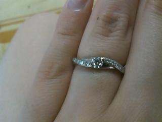 【スタージュエリー(STAR JEWELRY)の口コミ】 お付き合いしてる時に彼から最初にもらった指輪がスタージュエリーでした。…