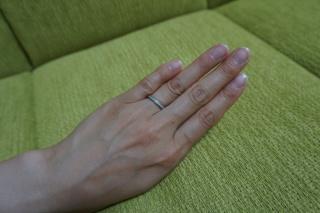 【アイプリモ(I-PRIMO)の口コミ】 先に別のブランドから婚約指輪が購入済みだったので、婚約指輪と重ねづけで…