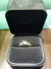 【ティファニー(Tiffany & Co.)の口コミ】 ダイヤの位置や大きさなど、前もって旦那さんといろいろなお店を見て自分の…