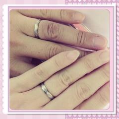 【SIND BAD(シンドバット)の口コミ】 一般的な結婚指輪ではなく、お互いに納得のいくデザインにしました。プラ…