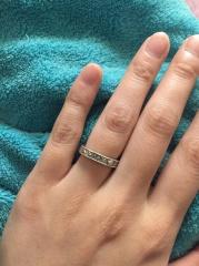 【Justin Davis Bridal(ジャスティンデイビスブライダル)の口コミ】 ジャスティンデイビスが好きだったので結婚指輪の前に少し安めの指輪を婚…