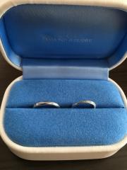 【銀座ダイヤモンドシライシの口コミ】 普段指輪をつけないのですが、せっかくの結婚指輪は自分が好きなものを選び…
