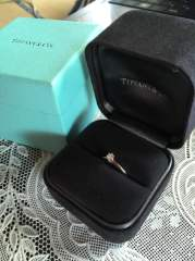【ティファニー(Tiffany & Co.)の口コミ】 高値じゃなくてもいいから、宝石のついたものが欲しいと翌月入籍予定の夫…