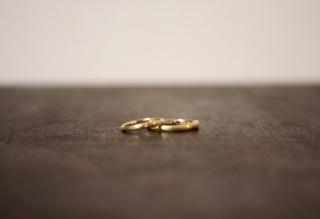 【VANillA(ヴァニラ)の口コミ】 シンプルなデザインでゴールドを探していたけどキラキラのゴールドは嫌だ…