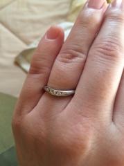【ROYAL ASSCHER(ロイヤル・アッシャー)の口コミ】 指輪の善し悪しがわからず、店員さんに相談しました。一生ものなので、とに…