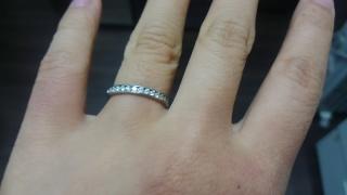 【スタージュエリー(STAR JEWELRY)の口コミ】 もともと指輪をする習慣がなく、婚約記念品にネックレスを検討していまし…