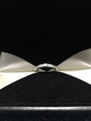 【エクセルコダイヤモンド(EXELCO DIAMOND)の口コミ】 いろんな指輪を試着して、どれもかわいいなぁと悩んでいたが、この指輪を試…