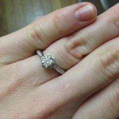 【シャネル(CHANEL)の口コミ】 とにかく可愛いもの好きなので、可愛らしい指輪を探していました。 指が太…