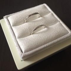 【LUCIE(ルシエ)の口コミ】 いくつか試着しましたが、こちらの指輪が他のものよりも幅が細い作りで華奢…