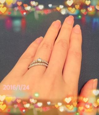 【銀座ダイヤモンドシライシの口コミ】 エンゲージとマリッジの重ね付けを絶対したいと考えていたので、どこのブラ…