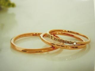 【メデルジュエリー(Mederu jewelry)の口コミ】 「シンプルなデザイン」と「ピンクゴールド」というふたつの条件で探してい…