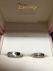 【ケイウノ ブライダル(K.UNO BRIDAL)の口コミ】 元々ディズニーが大好きで、結婚指輪はぜったいにディズニーモチーフが良か…