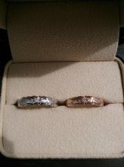 【ISLANDS(アイランズ)の口コミ】 前から、アイランズのリングを持っていたので、結婚指輪を買うなら絶対アイ…