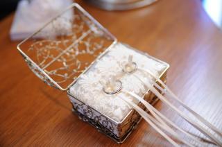【アイプリモ(I-PRIMO)の口コミ】 普通のプレーンなタイプのプラチナリングに小さなダイヤが入っている シン…