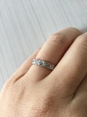 【シャネル(CHANEL)の口コミ】 婚約指輪も兼ねた華やかな結婚指輪を探していたところ、シャネルのマトラッ…