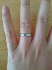 【ティファニー(Tiffany & Co.)の口コミ】 あまり目立つ指輪ではなく、普段使いもできるシンプルな指輪を探していた…