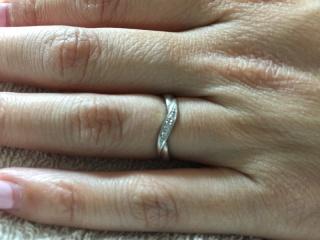 【ラザール ダイヤモンド(LAZARE DIAMOND)の口コミ】 元々、落ちついていて上品な雰囲気のラザールダイヤモンドで、結婚指輪を買…