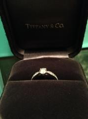 【ティファニー(Tiffany & Co.)の口コミ】 THEエンゲージリングというデザインは好みではなく、かつ長く付けられな…