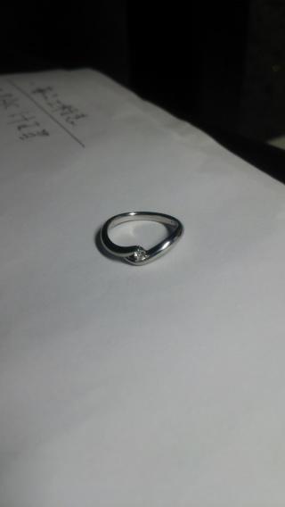 【ケイウノ ブライダル(K.UNO BRIDAL)の口コミ】 指にコンプレックスがあったためシンプルで細いリングを探していました。…