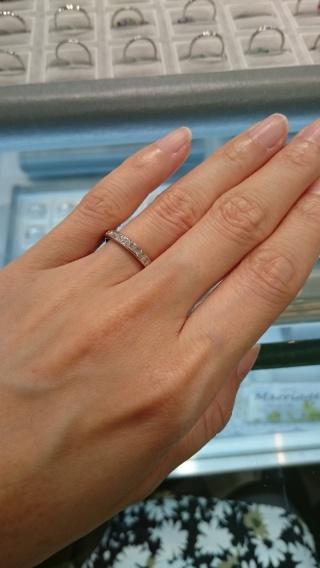 【宝寿堂(ほうじゅどう)の口コミ】 結婚指輪を探しており、雑誌でこちらのお店を知り足を運びました。まず種類…