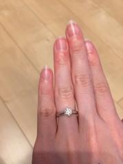 【宝寿堂(ほうじゅどう)の口コミ】 指輪選びでは色んなお店を下見し、半年くらい迷いに迷いましたが、最終的に…