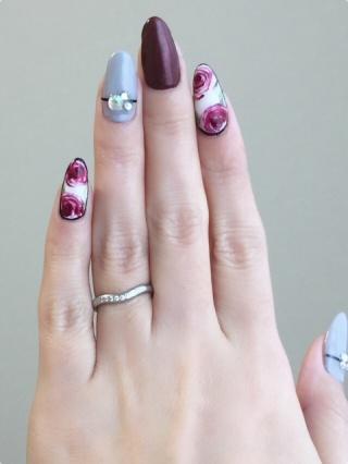 【ティファニー(Tiffany & Co.)の口コミ】 結婚前に着けていたペアリングが、シンプルだけど角が角ばった指輪をしてい…