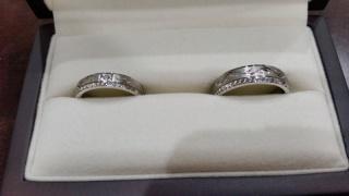 【JEWELRY  KAMATA(ジュエリーかまた)の口コミ】 結婚指輪を買うと決めた時に、どんな指輪がいいというのがなく、既成品で考…