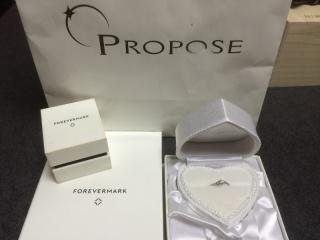 【PROPOSE(プロポーズ)の口コミ】 担当して下さった店員さんが非常に親切で指輪だけでなくダイヤの品質につい…
