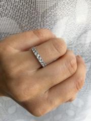 【4℃(ヨンドシー)の口コミ】 普段のお出かけでもつけられるような指輪がいいと思い、エタニティタイプ…