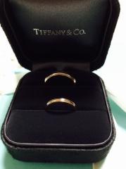 【ティファニー(Tiffany & Co.)の口コミ】 ゴールドで探していたのですがあまり派手すぎず、また指が4号なので4号か…