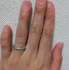 【TASAKI(タサキ)の口コミ】 一番はダイヤが入っていてきらきらとしていたこと、そしてねじれたデザイ…